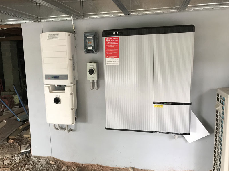 Wall mounted home battery